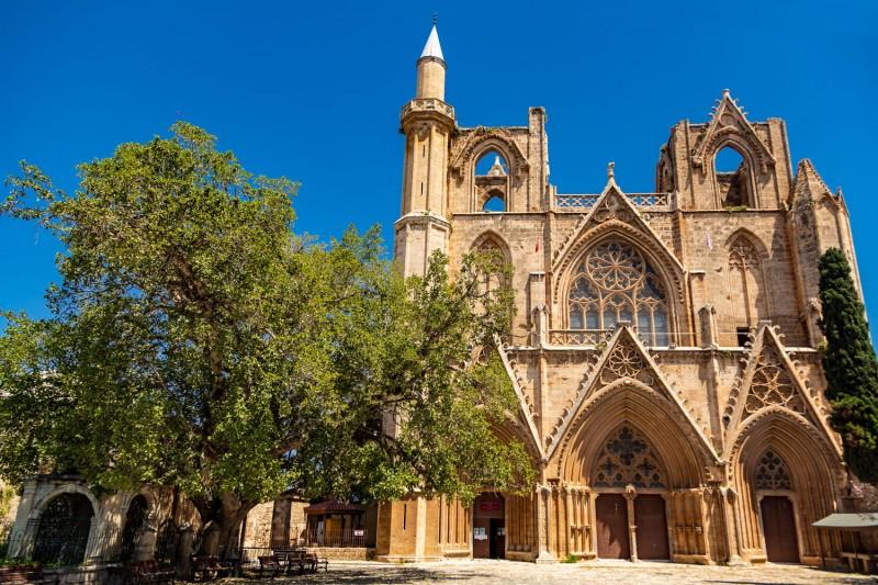 Kıbrıs'ta Gezilebilecek En Harika 10 Yer