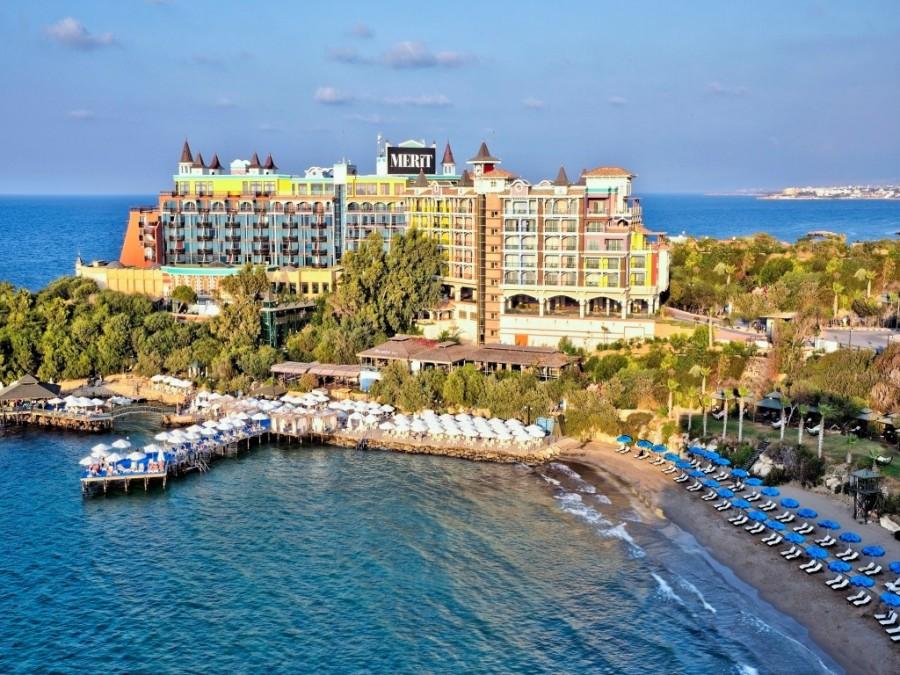 Merit Crystal Cove Hotel 2021 Erken Rezervasyon İndirimi