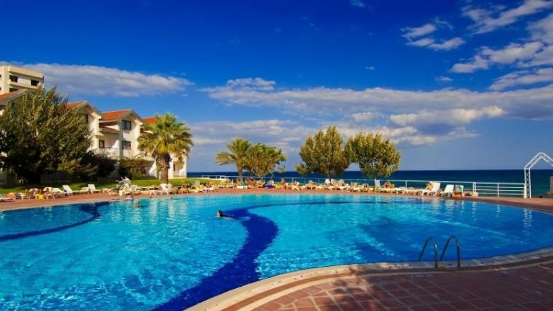 En İyi Fiyatlı Kıbrıs Otelleri - Salamis Bay Conti Hotel