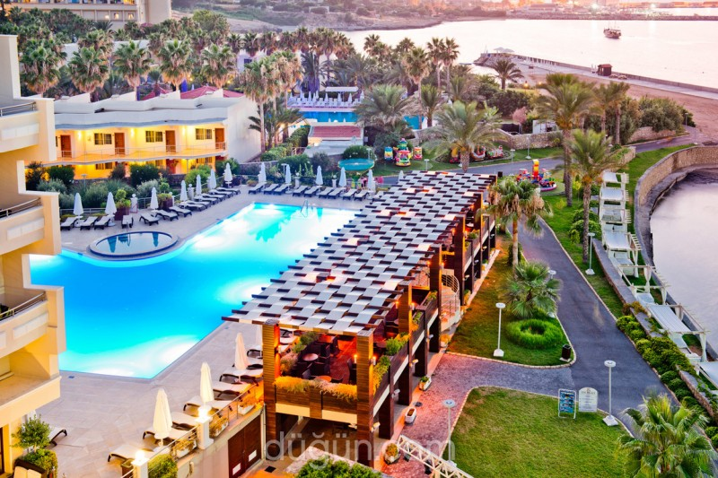 Vuni Palace Hotel 2021 Yaz Erken Rezervasyon İndirimi